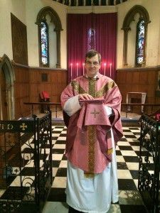 St John's new vestments for Laetare Sunday 2016